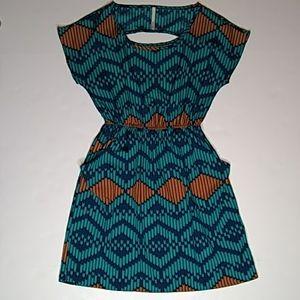 Modcloth Arrow Print Half-Moon Keyhole Dress